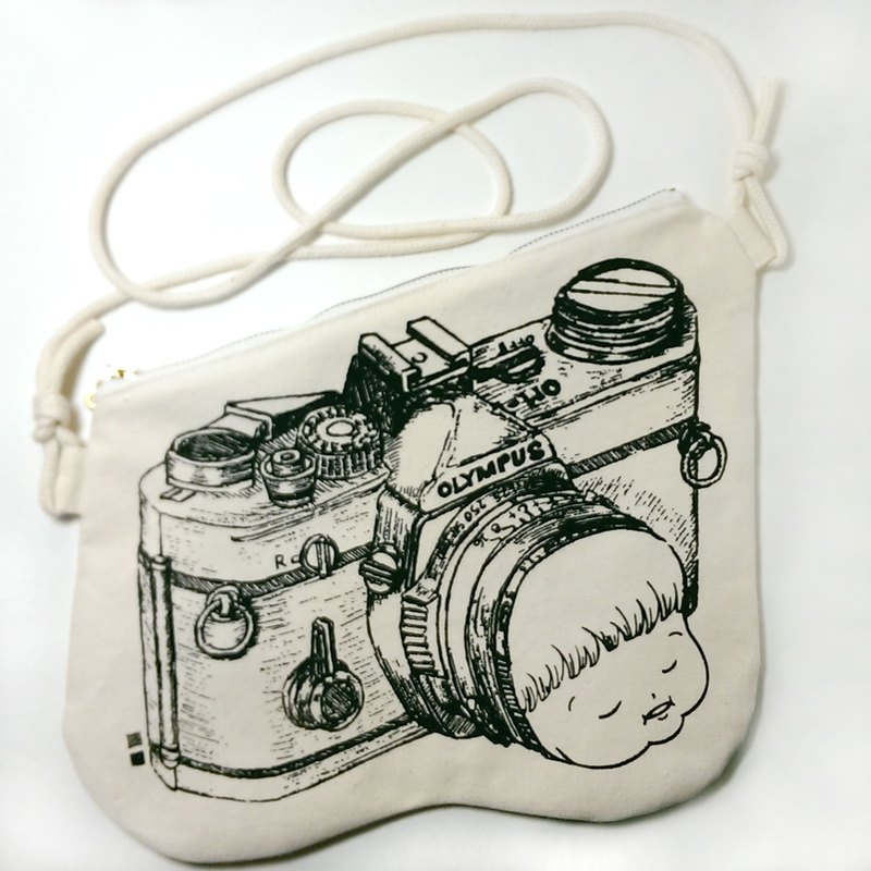 Clutch Bag Little Fat Mui (Camera)