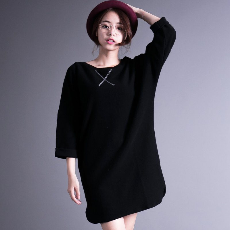SUMI Philosophy Classical Philosophy sleeve black shirt _4AF010_