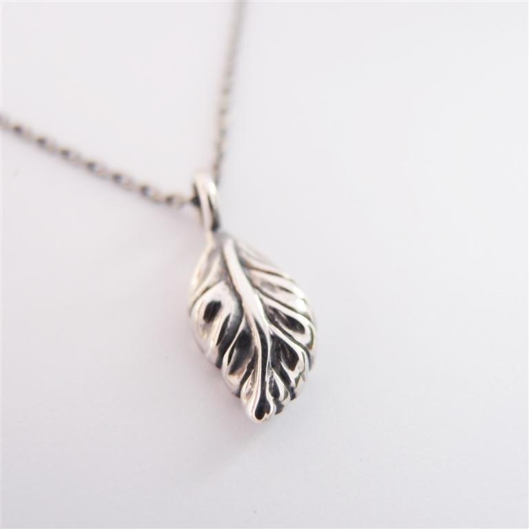 Leaves --- 925 sterling silver necklaces
