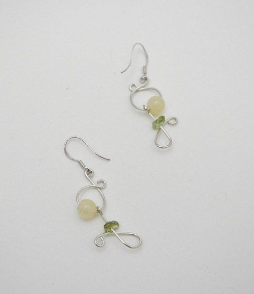 The line series_Yellow Flower。Silver Earring
