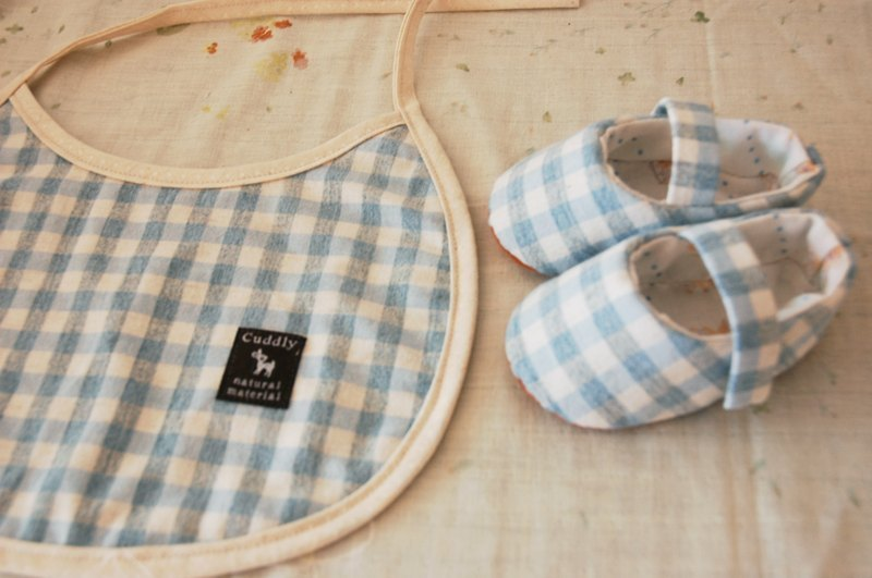 Light blue grid baby bibs