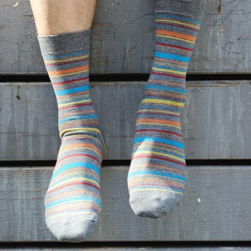 Lin Guoliang stripe gentleman socks fog gray