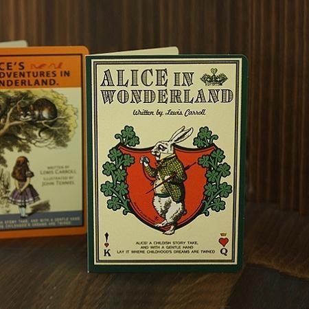 7321 Design - Alice VG Fairy Tale Universal Card - Mr. White Rabbit, 7321-08193