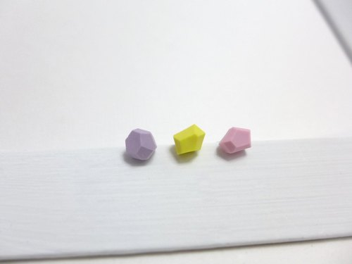 [NU Studio] ceramic series with personality three-dimensional sugar earrings - light color (can change clip earrings)