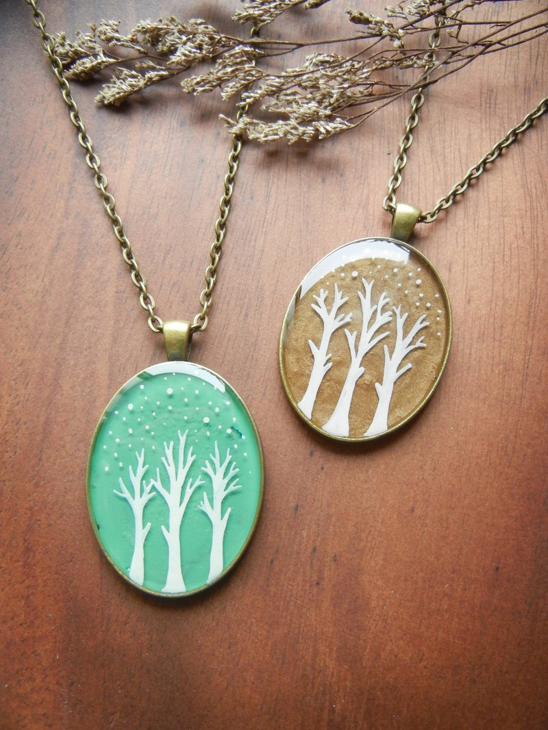 * Coucoubird * painted oval necklace - tree