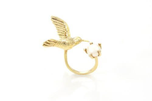 Humming Bird Ring - gold