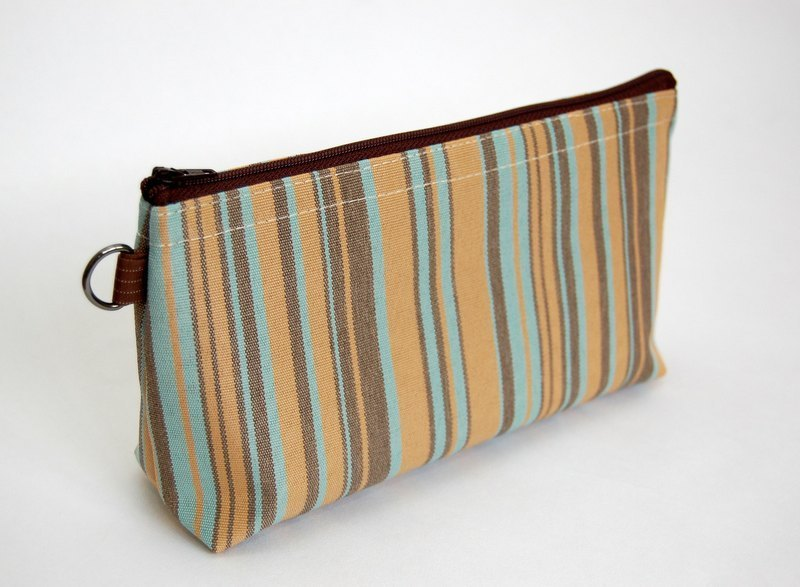 Casual-life hand-made striped cosmetic bag / admission package
