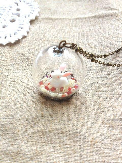 [Imykaka] ♥ little rabbit crystal ball necklace Valentine red and white ball