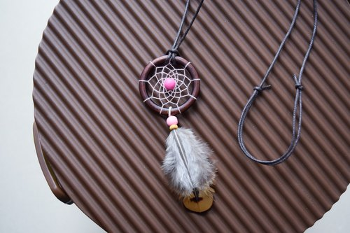Dream Catcher // Necklace // Pink