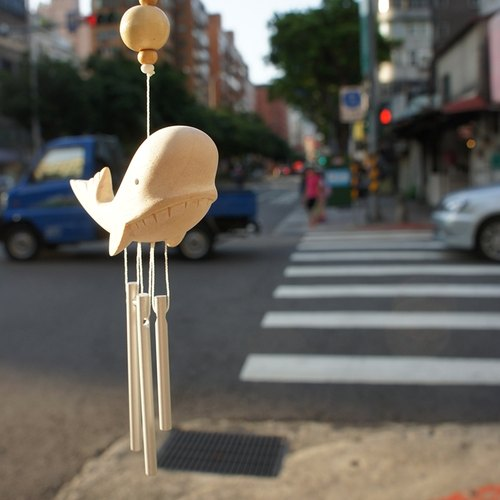 } Dangdang good day small things small animal series wooden wind chimes _ _ whales