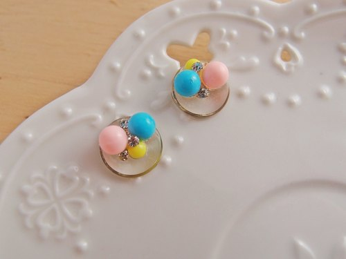 Mint ice cream balls [CR0160-2] ball diamond taste x x earrings /// painless ear clip U-shaped, stainless steel, silicone ear