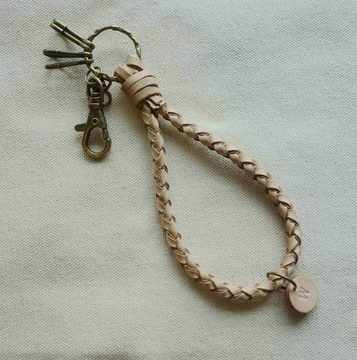 ~ M + Bear ~ not forget the original intention of the original leather braided key rings (leather cowhide) braided key rings