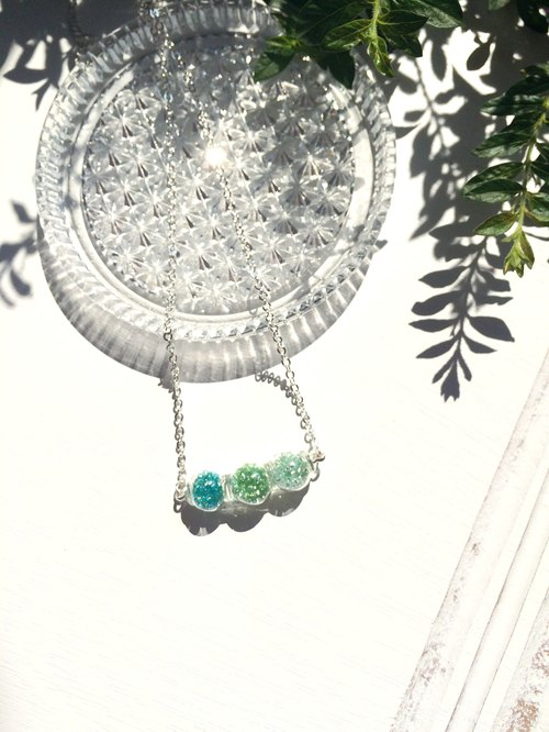 *Haku‧Neko*Mr.Bean green tricolor edamame glass bead necklace (clavicle chain)