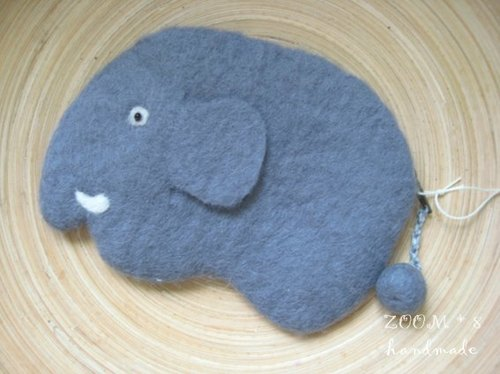 Wool felt - Elephant purse - Hand Limited