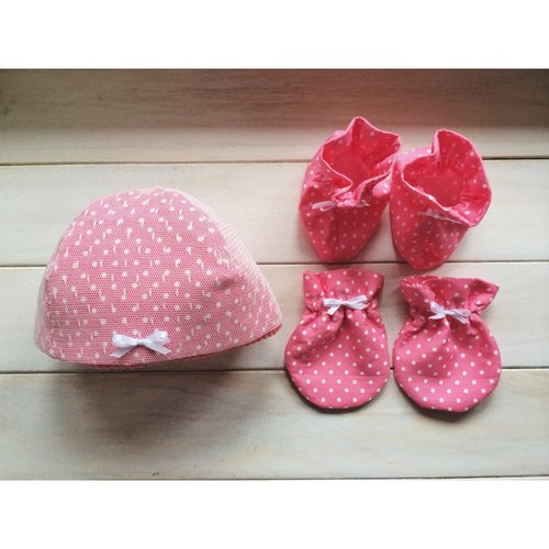 MIT little pink hand-made newborn female baby gift full moon births attached packing