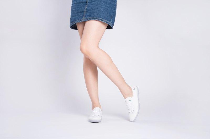 寶特瓶製休閒鞋  Lazy 經典版型   簡約白   女生款