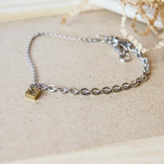 Asymmetric Square Bangle / Stainless Steel allergy anklet