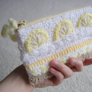Hand Crochet cell phone bag / cosmetic bag / zipper bag - lemon cake taste