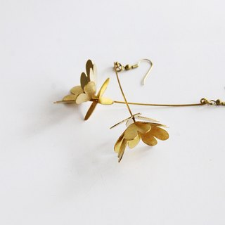 Golden Flowers and leafs - Hand Craft Earrings