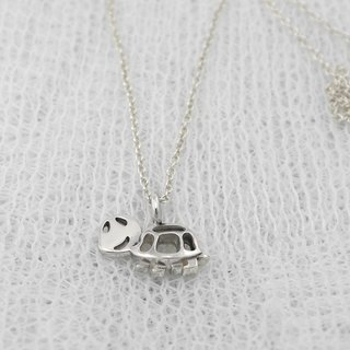 PET - Little Smiling Turtle Necklace