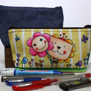 Universal bag / pencil case / cosmetic bag (lion flower)