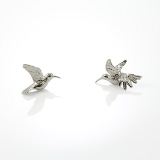 Humming Bird Earring - black ruthenium