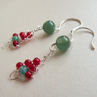 ○ ○ Metal- Ying 羱 Xmas Tree handmade earrings - (..... Handmade Czech glass Myanmar jade jewelry gift US imports ear clip wire Ying 羱 gift....) Bright silver