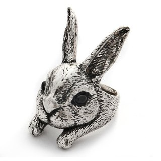 Big head rabbit ring