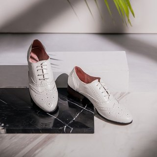 e cho Jazz actress England carved lace gentleman Oxford shoes Ec03 elegant white (a small size)
