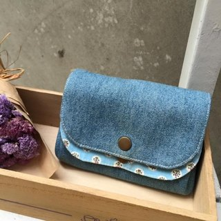 ﹝ Clare handmade cloth baby blue flowers ﹞ cowboy x double pressure deduction Clutch