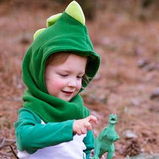 "【Italian Mondo Rotondo】 neck + hooded design ""dinosaur warm hat Wai"" 2-3 years old"