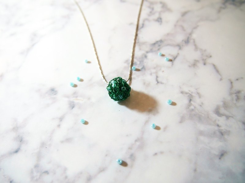 French custom hand-made knit Taurus lucky green copper ball birthday Pendant with metal necklace (round wonderful series)