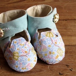 [UK] pure hand-made wind ladies small buttons short barrel boots / baby shoes / toddler shoes / births Gift