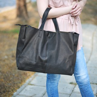 classic handmade leather shoudlerbag/handbag