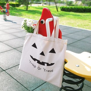 Halloween Trick or Treat Wenchuang style horizontal canvas bag