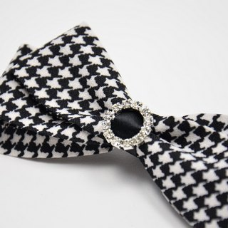 Classic black and white color Houndstooth bow
