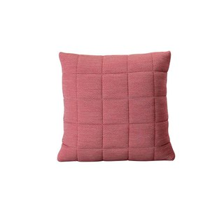 Denmark elongated wool pillow - pink | MUUTO