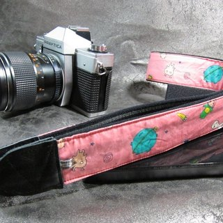 """Alien haunted"" decompression straps camera straps uk Lili Camera Strap"