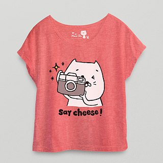*Mori Shu*buns cat say cheese camera T-shirt (twist blossom red subscript area)