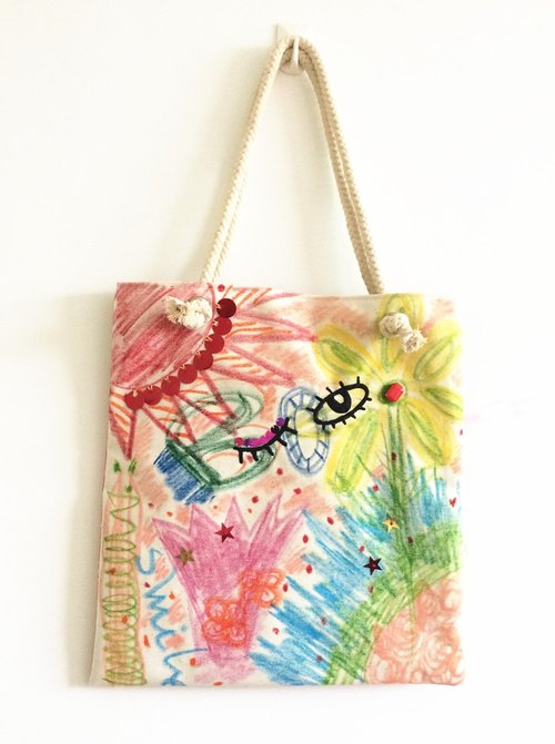 magichand crayon painted graffiti shoulder bag