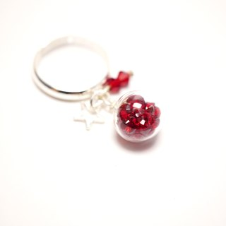 A Handmade glass pendant red crystal ball ring