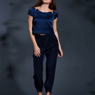 Out of the Shadow high waist pants in Navy Blue