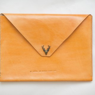 Hand-dyed iPad air2 leather bright orange deer head buckle
