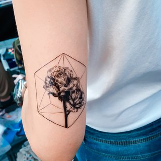 Polygon Geometry Diamond Stars Rose Floral Flower Temporary Tattoo Stickers Fake