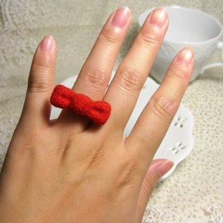 Wool felt tweeted ring - pure red