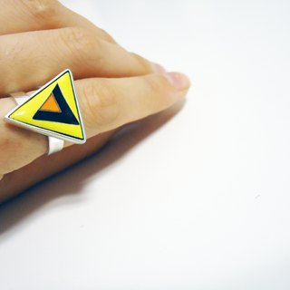 [Triangle II] triangle shape Enamel Ring