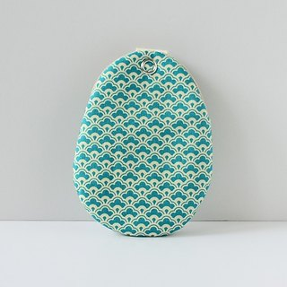 Spoon eggs package. KeyCozy. River
