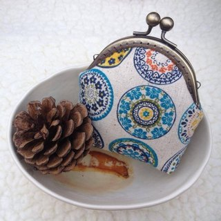 ﹝ Clare ﹞ retro print fabric hand-made purse mouth gold