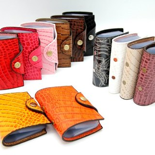 Hands leather crocodile pattern - Card Pouch