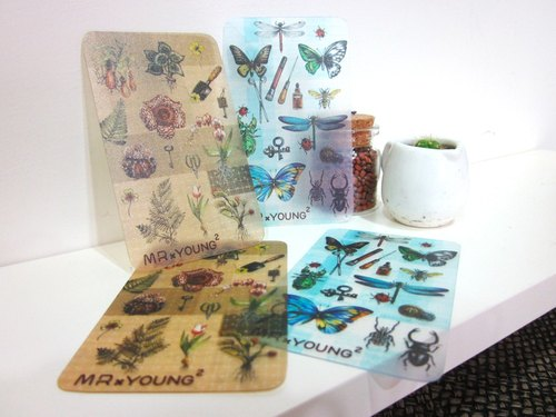 ☁ insects × plant dispensing sheet / small plastic cards (4 in)